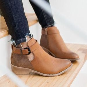 Shoes - ELIZA Buckle Bootie - TAN
